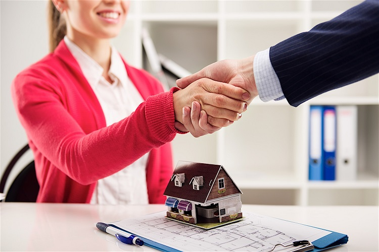 Local Records Office: These Are The Benefits Of Being A Real Estate Agent